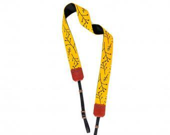 Popruh na fotoaparát - Mustard twigs