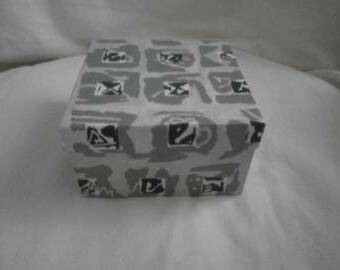 Krabička (10002)