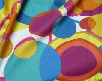 Bavlněná látka - barevný vzor