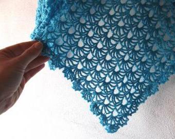 Tyrkysem oděná - šátek