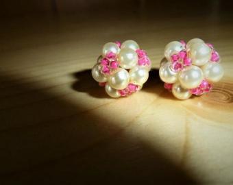 Kuličky s růžovými korálky