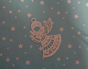 krajkový andělíček na pověšení