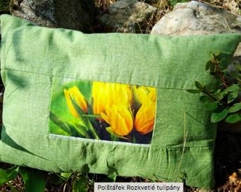 Polštářek Rozkvetlé tulipány